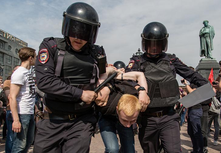Фото №1 - Московских полицейских оснастят очками с системой распознавания лиц
