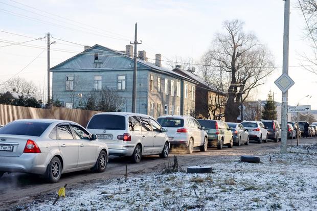 Фото №1 - Топ-10 самых дешевых новых автомобилей в России