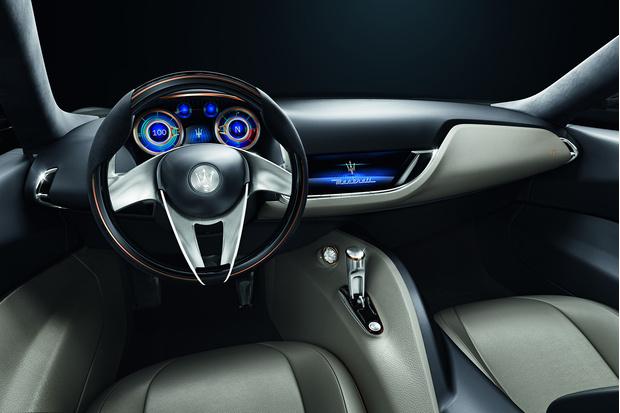 Фото №2 - Новый концепт Maserati - машина, в которой можно курить на большом ходу