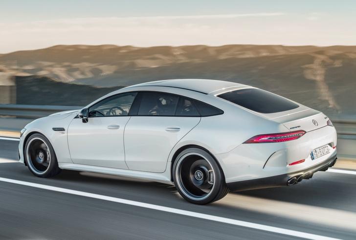 Фото №6 - Mercedes-AMG представляет ошеломительно быстрый гран-туризмо GT 4‑Door Coupe