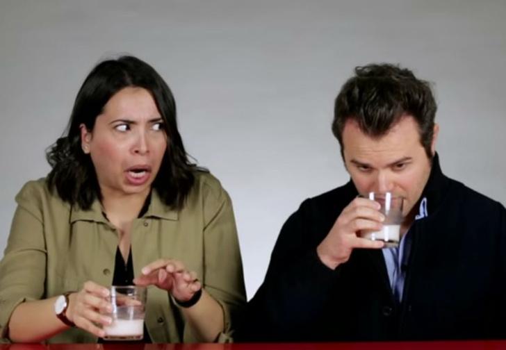 Фото №1 - «Мне плохо!», «Запах как из болота!», «Газированный абсент!» — смешная реакция итальянцев, пробующих русские напитки