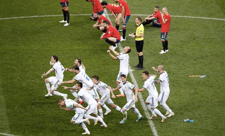 Фото №1 - Щипай нас, мы спим!!! Россия обыграла Испанию и вышла в четвертьфинал!