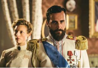 В первых же сериях «Последних царей» от Netflix зрители нашли грубые неточности