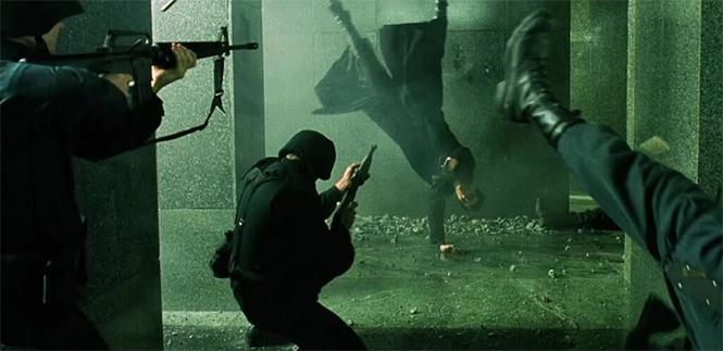 Фото №1 - 12 лучших фильмов для знакомства с киберпанком