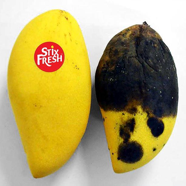 Фото №1 - Изобретатель утверждает, что эти наклейки сохраняют фрукты свежими