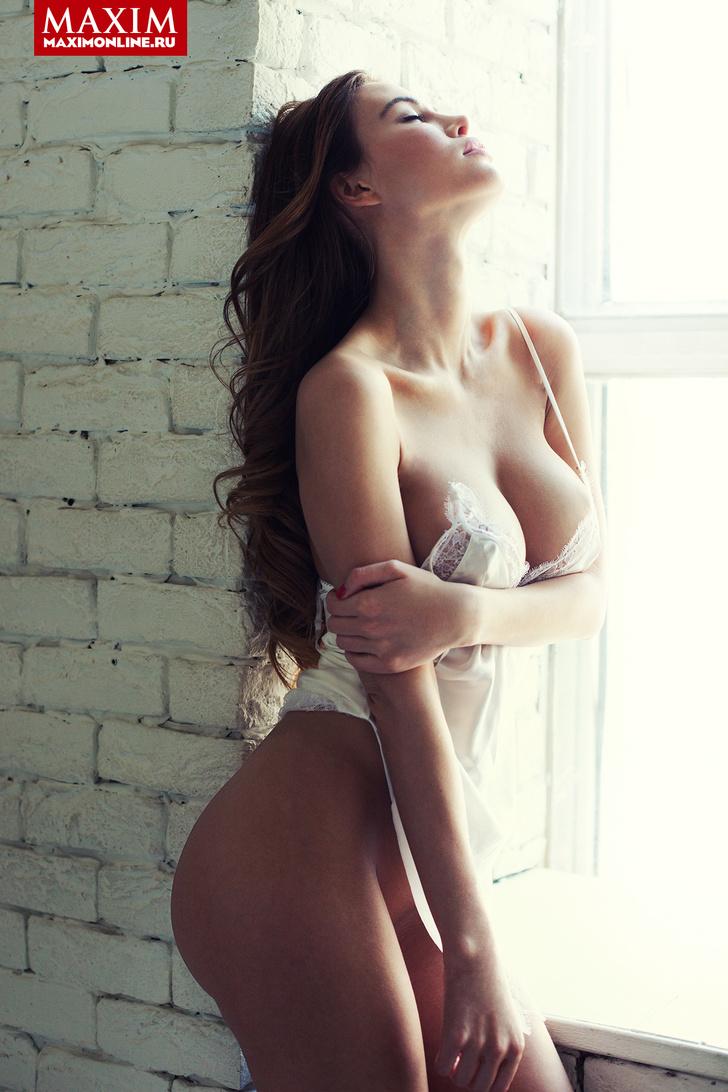 Фото №1 - Модель Мария Корабельникова: «Мне и без трусов тоже нравится. Главное — не заходить в лифты с зеркальным или прозрачным полом»