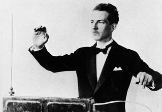 Наш советский Тесла! Необычайная жизнь Льва Термена — изобретателя, миллионера, шпиона, зэка и гения