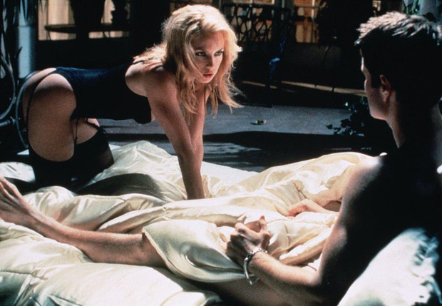 Фото №1 - Ученые объяснили, почему секс с бывшими — такой чертовски притягательный процесс