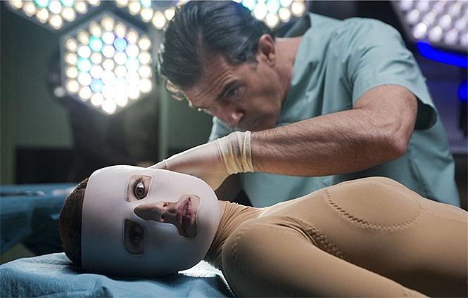 Фото №3 - 10 лучших врачей-психопатов в кино