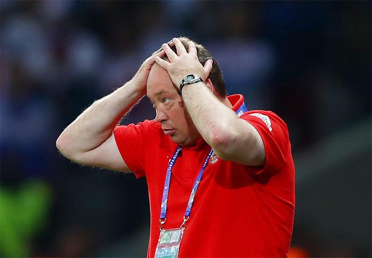Сборная России проиграла сборной Словакии 1:2 на чемпионате Европы-2016