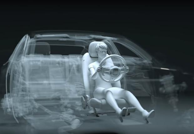Фото №1 - Как сидеть правильно за рулем (наглядная видеоинструкция)