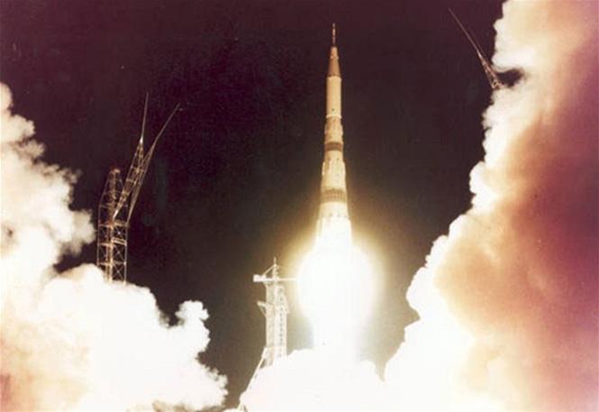 Лунная ракета H-1