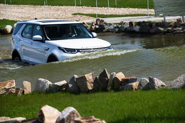 Фото №6 - Начались продажи нового Land Rover Discovery