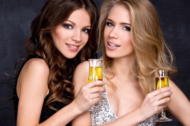 Фото №1 - Как разные виды алкоголя влияют на твою сексуальную жизнь