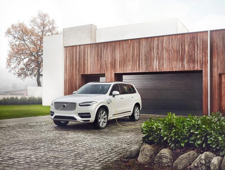 Фото №3 - Volvo Car Russia впервые представила подзаряжаемый от электросети внедорожник