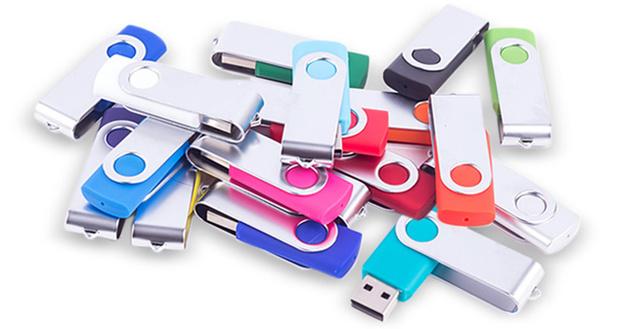 Фото №2 - Действительно ли важно извлекать USB-флешки и диски строго по правилам?