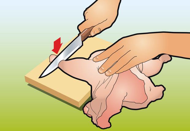 Фото №8 - Как вытащить все кости из курицы: инструкция в картинках