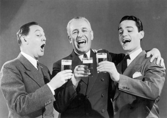 Умеренно выпивающие люди имеют интеллект в среднем на 15%  выше, чем непьющие
