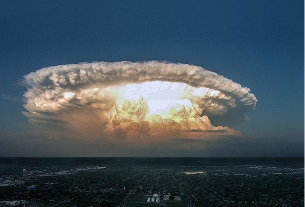 Торнадо в городе Лаббок, Техас