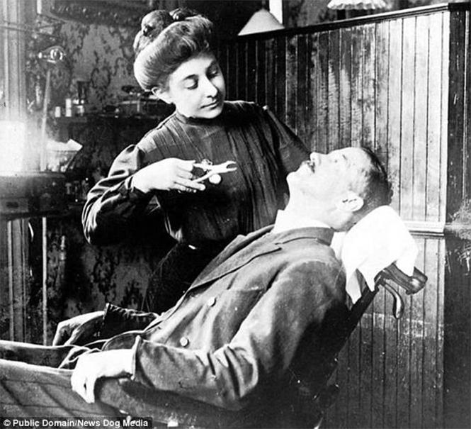 Фото №12 - Ужасы викторианской стоматологии: 13 фотографий без анестезии