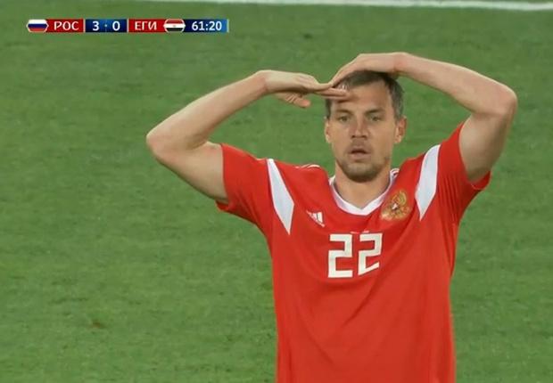 Фото №1 - Стас, ты просто космос! Три причины, почему Россия разорвала Египет и вышла в плей-офф