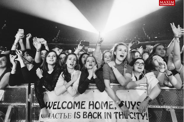 Фото №1 - Hurts: что творилось на концерте, собравшем всех девочек Москвы