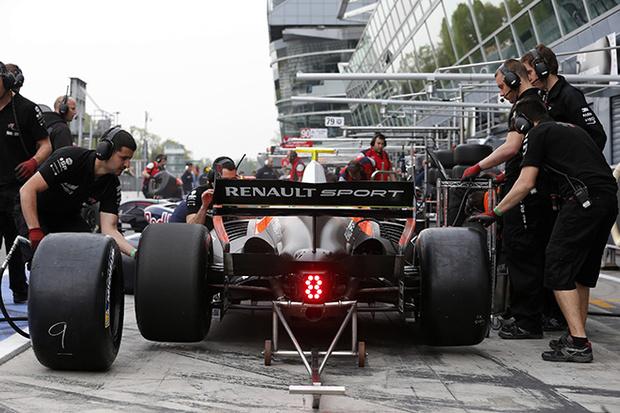 Фото №2 - Мировая серия Renault