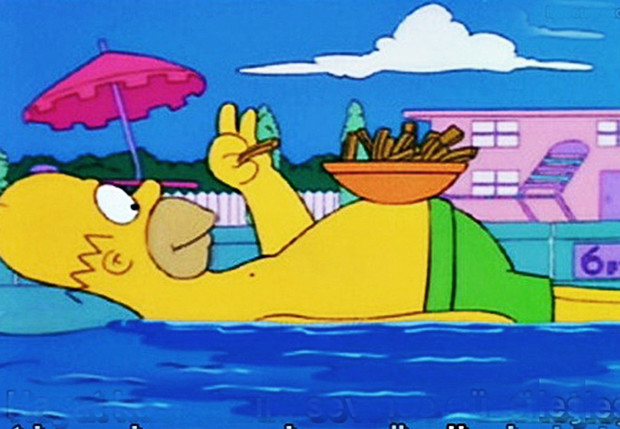 Фото №1 - Правда ли, что плавать сразу после еды опасно?