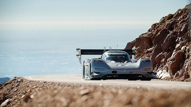 Фото №1 - Побит рекорд скорости заезда на гору! (ВИДЕО)