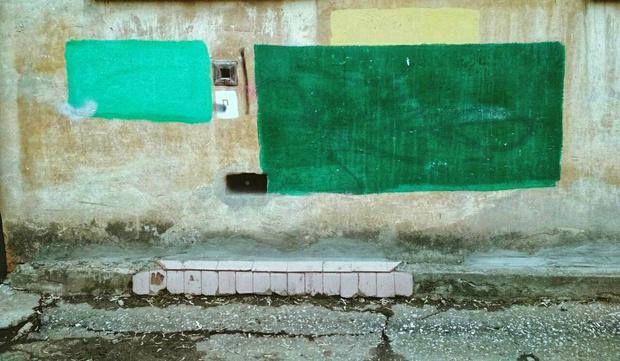 Фото №4 - На домах в Рязани замечены цветные пятна, подозрительно напоминающие дорогущие картины абстрактных экспрессионистов!