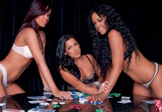 Как правильно играть в покер на раздевание
