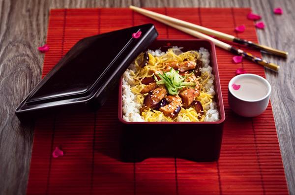Фото №1 - Выиграй ужин в «Планете Суши»
