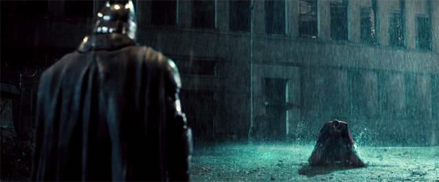 Фото №1 - Это будет драка века! Вышел первый трейлер «Бэтмена против Супермена»