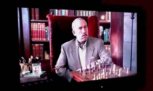 Эйс Вентура, сцена с шахматами