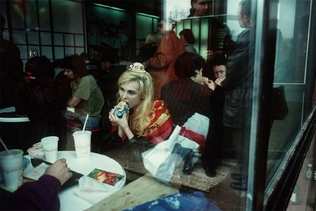 Фото №1 - Россия 1990-х глазами французского фотографа