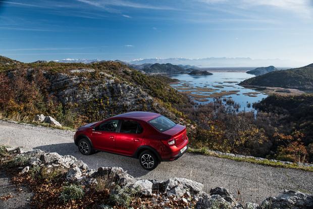 Фото №5 - Renault Logan Stepwaу: каршеринг минус
