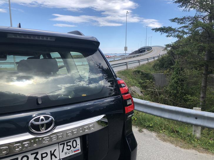 Фото №3 - Toyota Land Cruiser Prado: практически идеально?