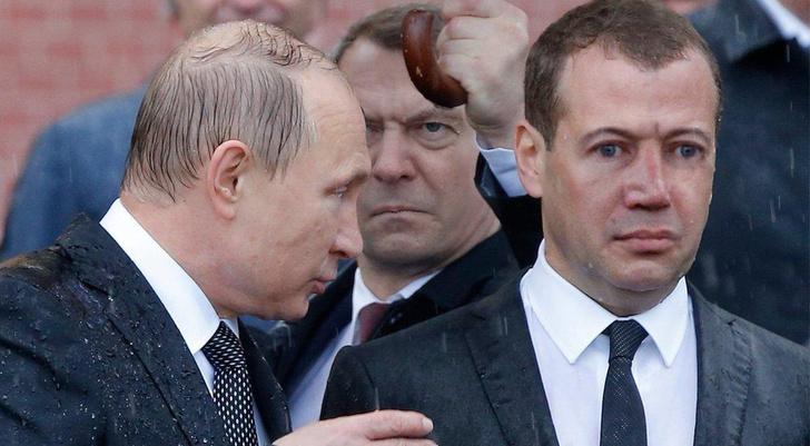 Фото №10 - Избранные шутки о грустном Медведеве под дождем