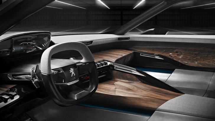 Фото №3 - Концепт-кар Peugeot Exalt — строгое авто для совершеннолетних