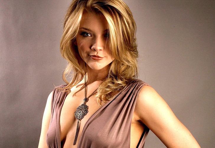 Фото №1 - Маргери из «Игры престолов» показала нижнее белье в новой роли