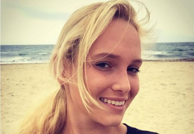 Фото №10 - Николь Кидман, Белла Хадид, австралийские серфингистки и другие самые сексуальные девушки недели