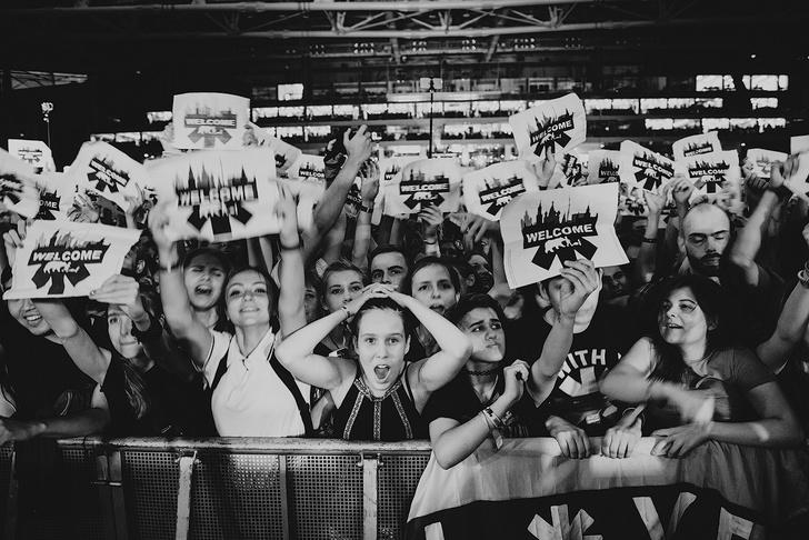 Фото №9 - Что творилось на недавних концертах Red Hot Chili Peppers, Ланы Дель Рей, «Сплина» и других рокеров