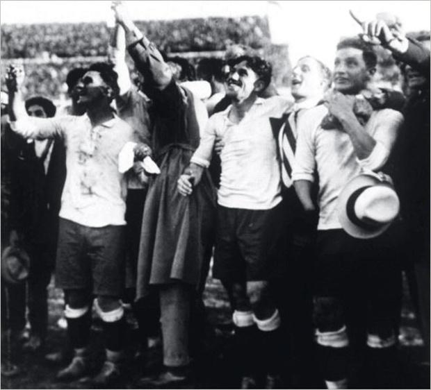 Фото №1 - Самые увлекательные факты из истории чемпионатов мира по футболу