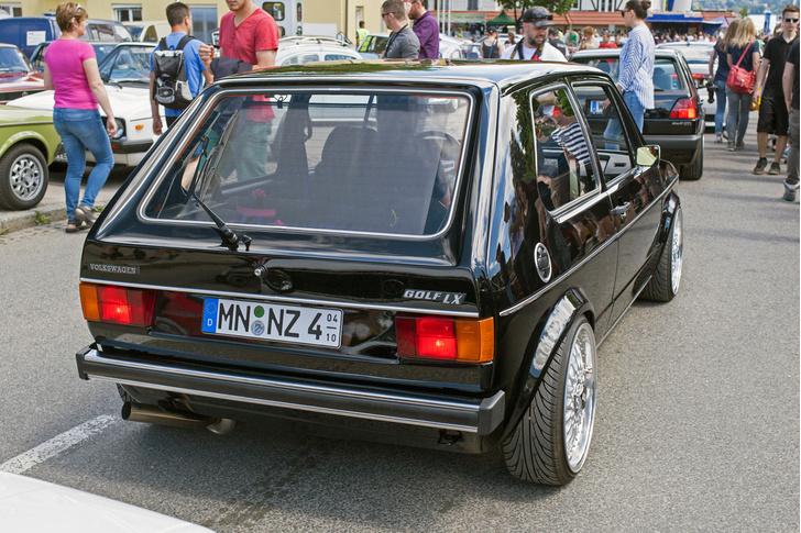 Фото №3 - Самые безумные машины фестиваля GTI Treffen