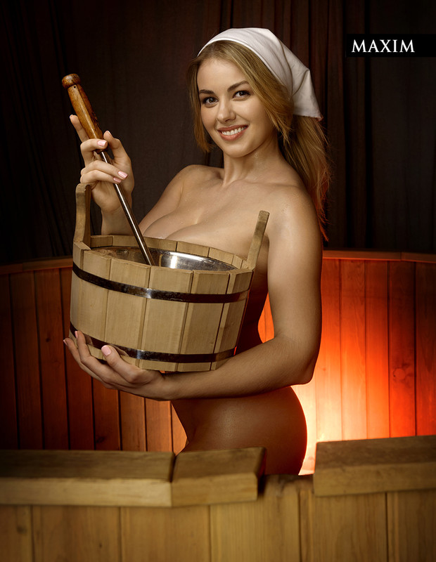 Фото №2 - Отчаянная хозяйка: наша лучшая фотосессия актрисы Олеси Фаттаховой
