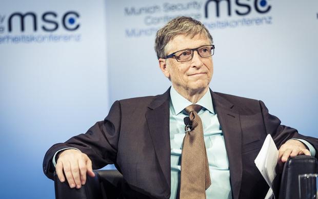 Фото №1 - Билл Гейтс предлагает ввести налог на роботов, чтобы сохранить рабочие места