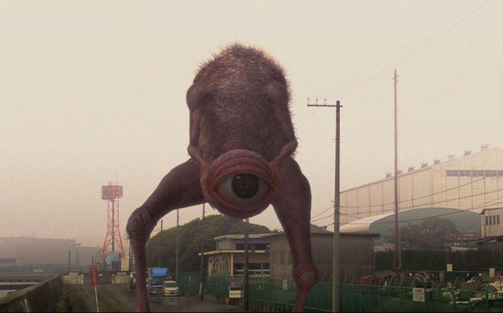 Фото №2 - 7 сумасшедших японских фильмов, которые никогда не осмелятся переснять в Голливуде