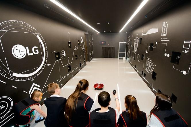 LG открывает школу секретных агентов