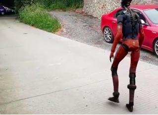 Интернет испугался небольшого ролика с роботом, а он оказался частью фильма (видео)
