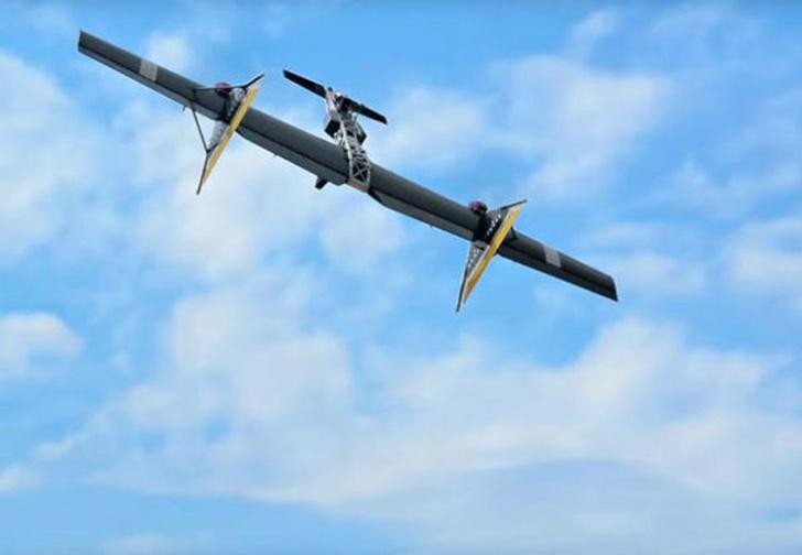 Фото №1 - На Западе набирает популярность видео новой российской разработки «летающего автомата Калашникова»